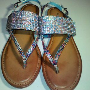 Gianni Bini sandals.. never worn.. ladies sz. 6.5